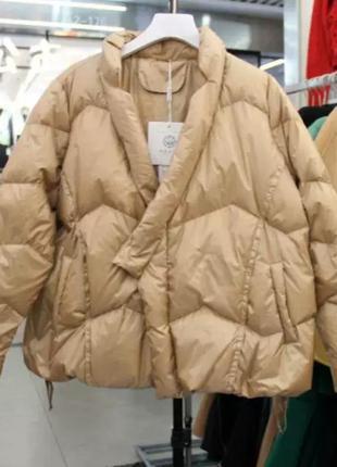 Короткая куртка пуховик на запах