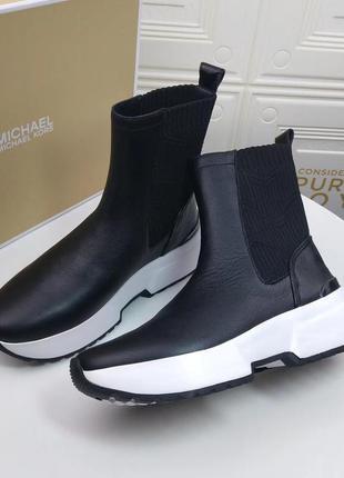 Высокие слипоны ,ботинки michael kors