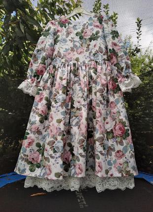Платье с цветочками для девочки