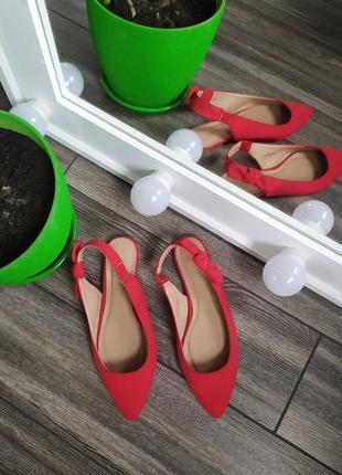 Стильные босоножки туфли лодочки на низком