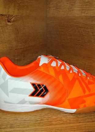 Кроссовки для футбола футзал restime