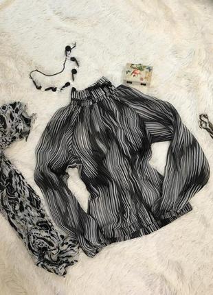 Нарядная блуза oodji