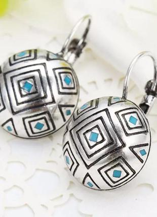 Серьги круглые,модные/античное серебро