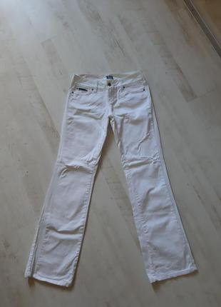 Брендовые джинсы белые  расклешенные с лампасами dolce&gabbana...
