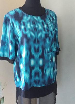 Красивая блуза кофта calvin klein jeans оригинал раз.38-40