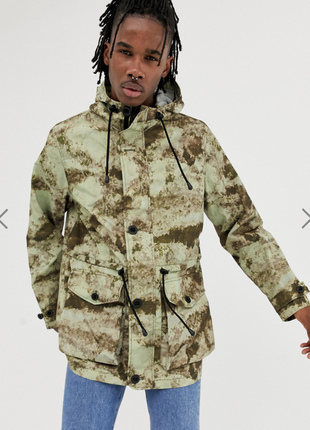 Камуфляжная куртка парка asos !