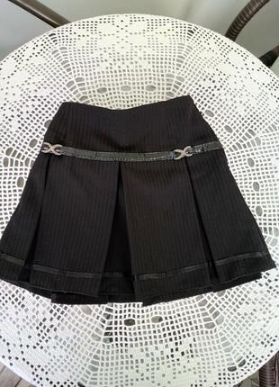 Школьная форма. юбка на кокетке с крупными  складками