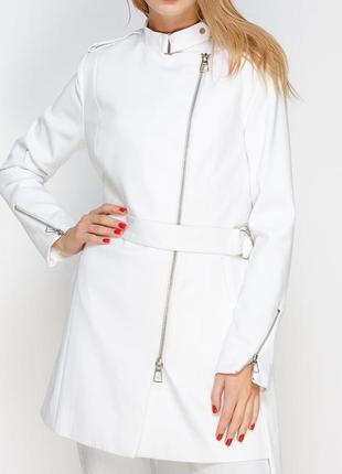 Белое пальто косуха Stradivarius / S / L