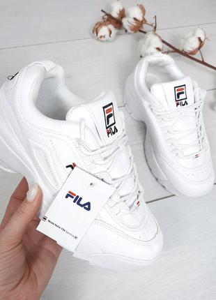 Стильные женские кроссовки fila
