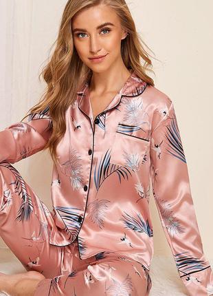 Пижама женская атласная на пуговицах. комплект шелковый для до...
