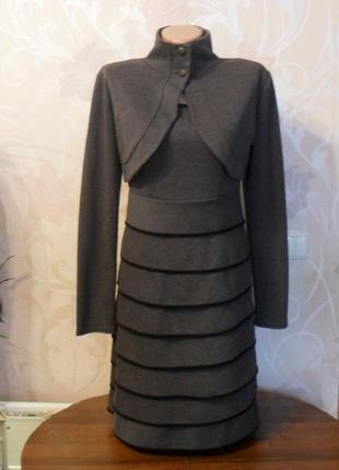 Женский костюм двойка серого цвета