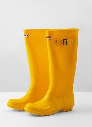 Резиновые сапоги женские желтого цвета
