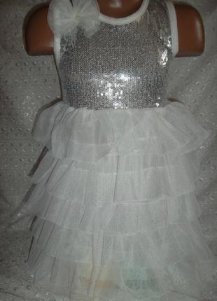 Платье на девочку 2-3г