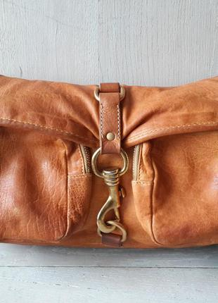 Miu miu кожаная сумка .оригинал. италия