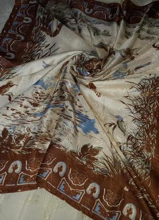 Большой платок с утками.