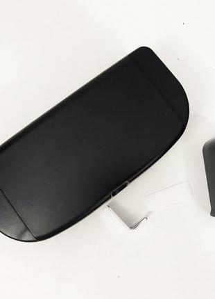 Футляр для очков в машину Visor Clamp магнитный. Цвет: черный