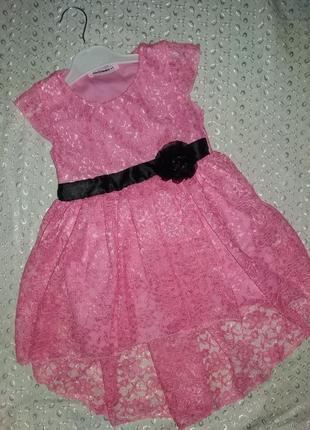 Платье на девочку розовое гипюр