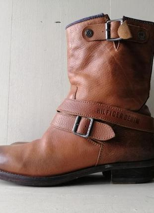 Tommy hilfiger кожаные ботинки