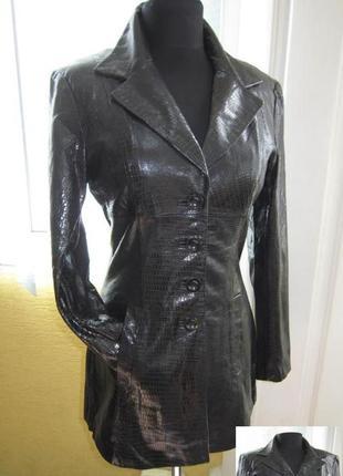 Модная  женская кожаная куртка bebe.  лот 113