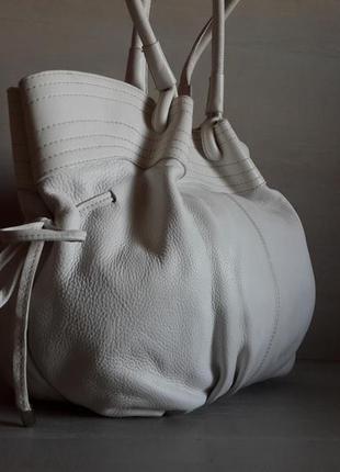 Большая кожаная сумка!