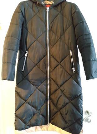 Курточка пуховик черный 42-44