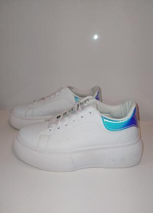 Белые сникерсы кросовки на толстой подошве 37-38