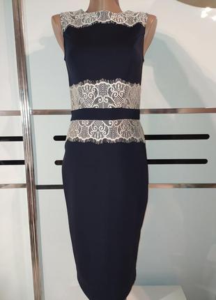 Стрейчевое платье футляр, тёмно-синего цвета с кружевом