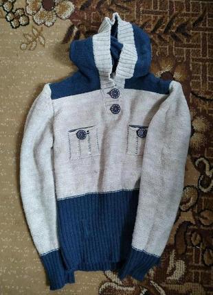 Теплая шерстяная кофта с капюшоном, свитер