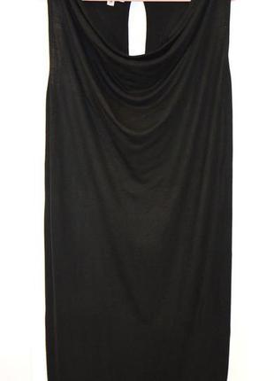Ультра-черное миди-платье свободного кроя