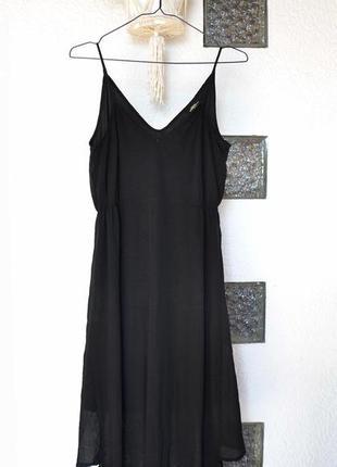 Платье спорт-шик из комбинированной ткани на тонких бретелях d...