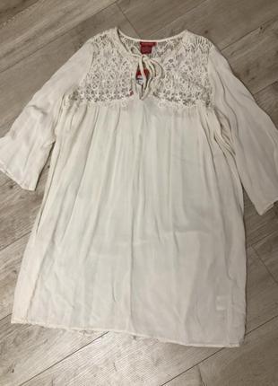 Шикарное молочное платье вискоза castro размера м