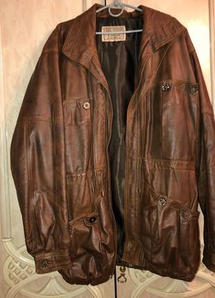 Мужская кожанная куртка размер 56