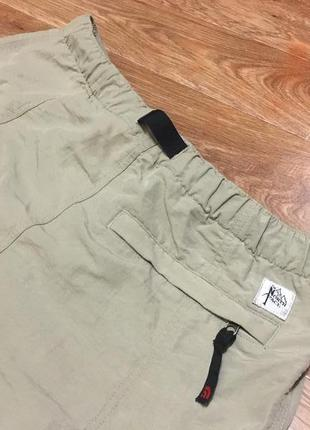 Бомбовые винтажные шорты от the north face