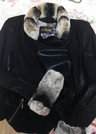 Шикарная куртка деми из натуральной кожи с мехом шиншиллы,
