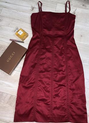 Шикарное платье от h&m шнуровка на спине,размер s
