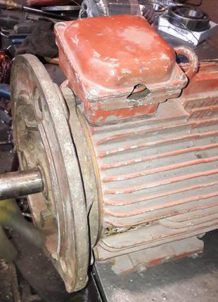 Электродвигатель 4АМ 132 7,5 кВт/1000 об. фланцевый