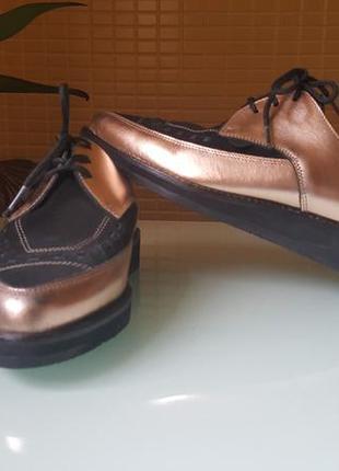 Модные женские туфли underground на маленькой платформе