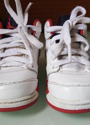 Красивые кож. кроссовки-ботиночки jordan р. 21