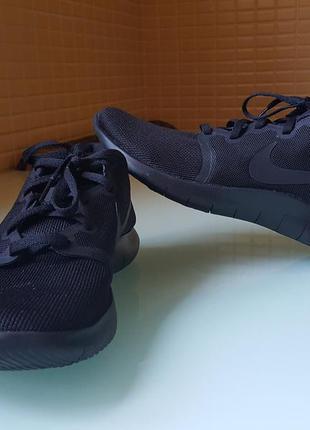 Фантастические ,легкие кроссовки nike original