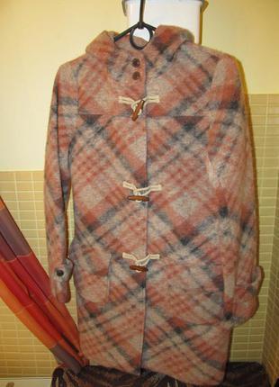 Стильное женское пальто kew