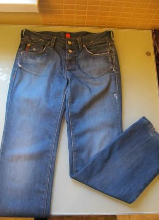 Женские джинсы hugo boss