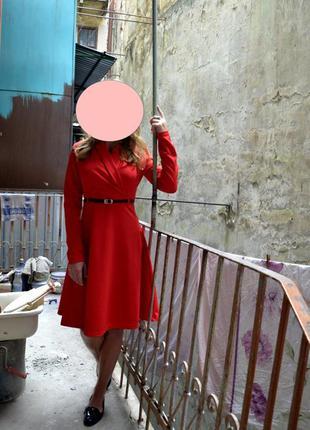 Обалденное брендовое платье sk house