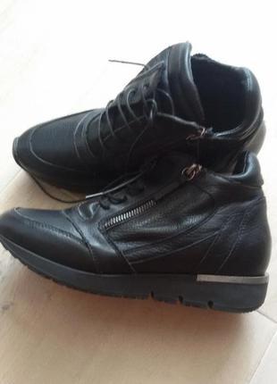 Ботинки спортивного стиля из нат.кожи.италия