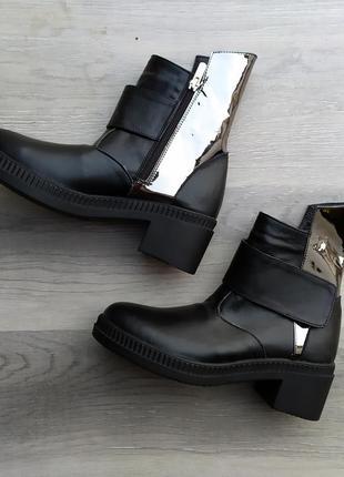 Жіночі чоботи натуральна шкіра 40 розміру в наявності/ кожаные...
