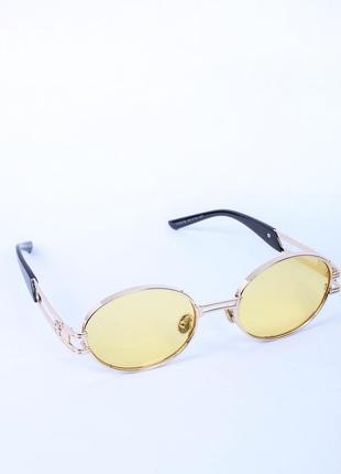 Сонцезахисні жіночі окуляри