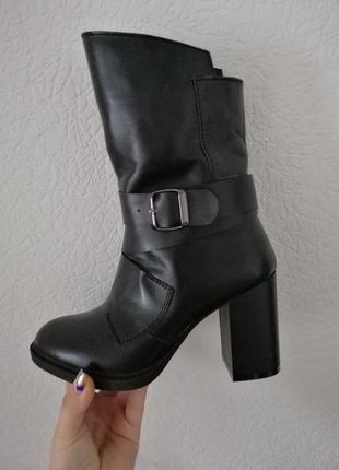 Новые натуральные кожаные зимние ботинки на толстом каблуке зи...