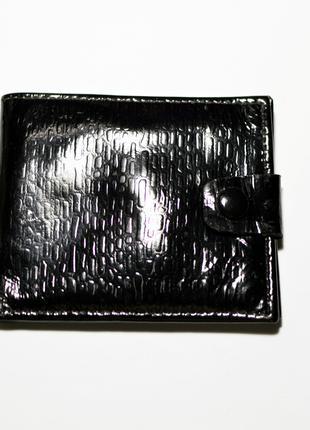 Чёрный кошелёк, натуральная лаковая кожа