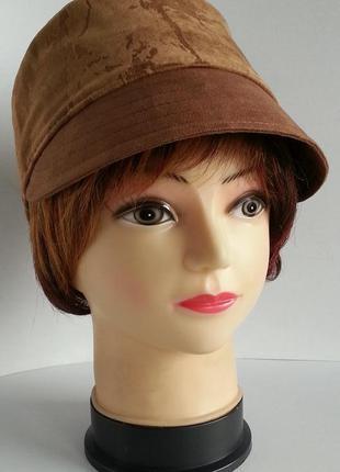 Женская кепка, кадетская кепка. демисезонная.