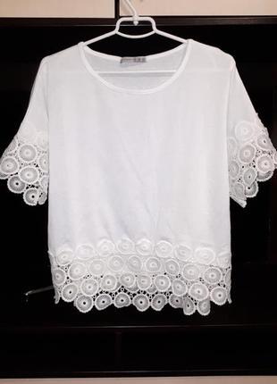 Красивая блузка с кружевом раз.xxl-xxxl