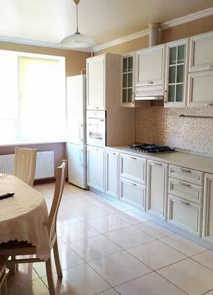 Продам 2 комнатную квартиру на Бочарова
